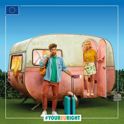 #YourEUright: Tinerii români preferă să-și achiziționeze online vacanțele