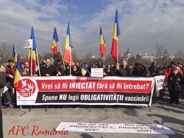 Lanț uman în jurul Parlamentului României!