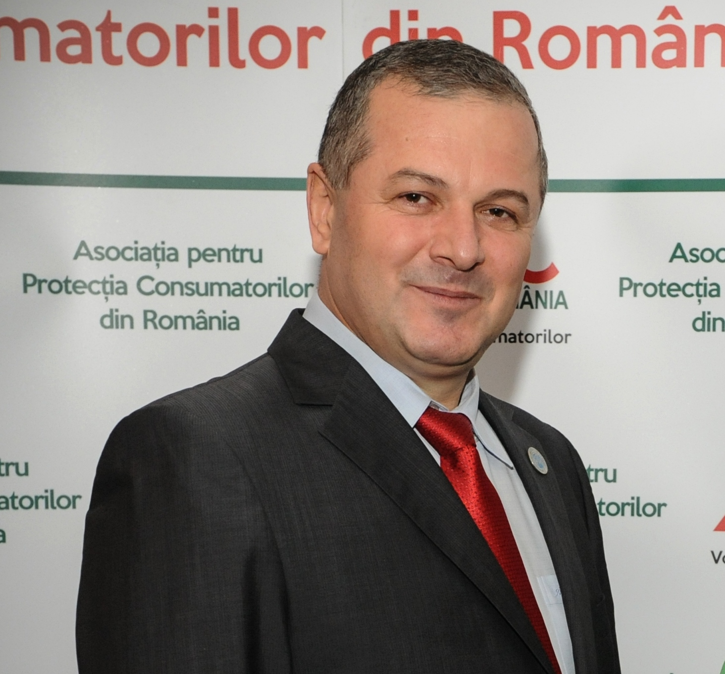 http://www.apc-romania.ro/vault/upload/galleries/PozaCostel_Stanciu_2.jpg